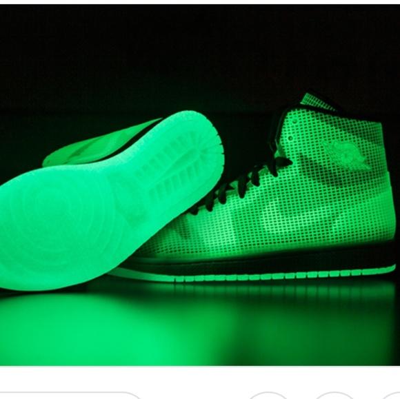 low priced e49b1 36334 Jordan Other - Nike Air Jordan 4LAB1 Glow in The Dark. Mens 11.
